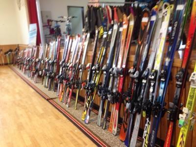 Angebot auf dem Skibasar in Daaden